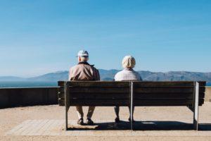 加齢によって高齢者は歯周病の罹患率が増加